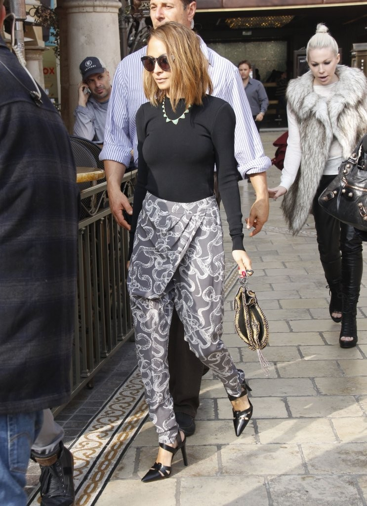 Celebrities stop by The Grove in Los Angeles, California to give interviews for the TV show 'Extra' on February 7, 2013.<br /> Pictured: Nicole Richie