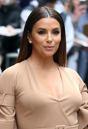 Eva Longoria made an appearance on 'The View' wearing a pin-straight, center-parted hairstyle.