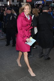 Lara Spencer looked super stylish in a magenta trenchcoat while headed to 'Good Morning America.'