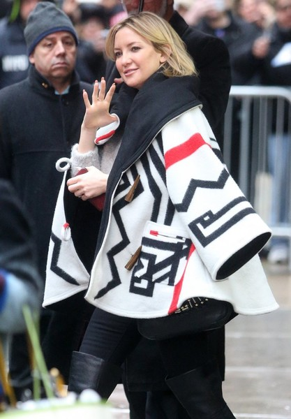 More Pics of Kate Hudson Over the Knee Boots (1 of 12) - Boots Lookbook - StyleBistro []