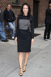 Lucy Liu visited 'Letterman' looking oh-so-stylish in a long-sleeve black-and-white dress with a striped bodice.