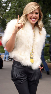 Ashley Hart looked fabulous wearing fur coat at the 2011 Grand Prix Australia.