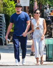 Jenna Dewan-Tatum teamed her jumpsuit with strappy, flat sandals.