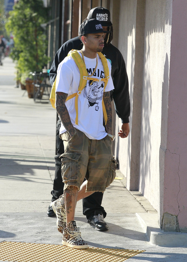 more pics of chris brown cargo shorts 1 of 9 cargo