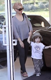 Christina sported oversized designer shades while car shopping in Hollywood.