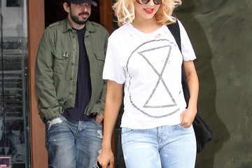 Christina Aguilera Jordan Bratman Christina Aguilera Leaving Spago After Lunch