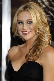 "Stephanie donned soft waves while attending the ""Clash Of The Titans"" premiere in L.A."