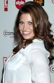 Danielle Fishel wore her long hair in bouncy curls for the Summer TCA cocktail party.