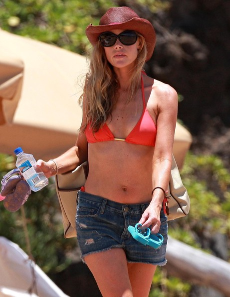 Denise Richards Hats