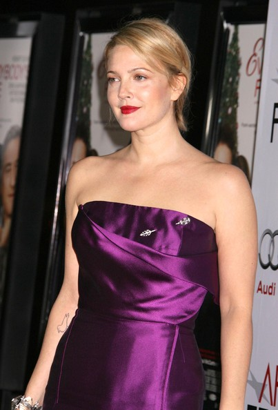 Drew Barrymore Loose Ponytail