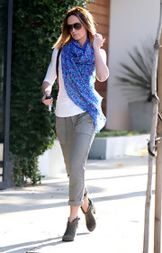 Emily Blunt's bright blue scarf gave her a fun and flirty vibe while out and about.