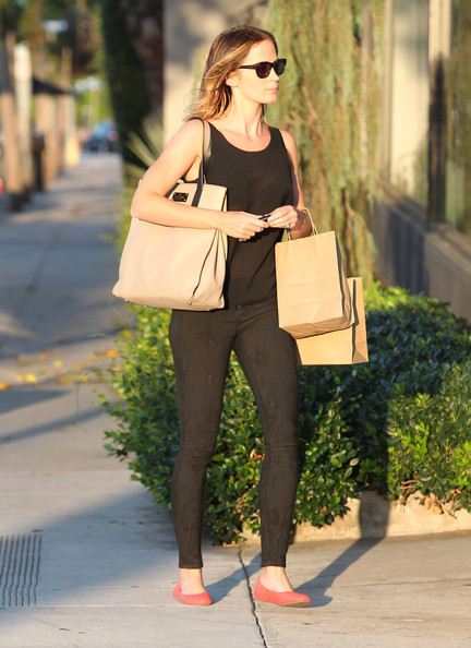 More Pics of Emily Blunt Ballet Flats (5 of 14) - Emily Blunt Lookbook - StyleBistro