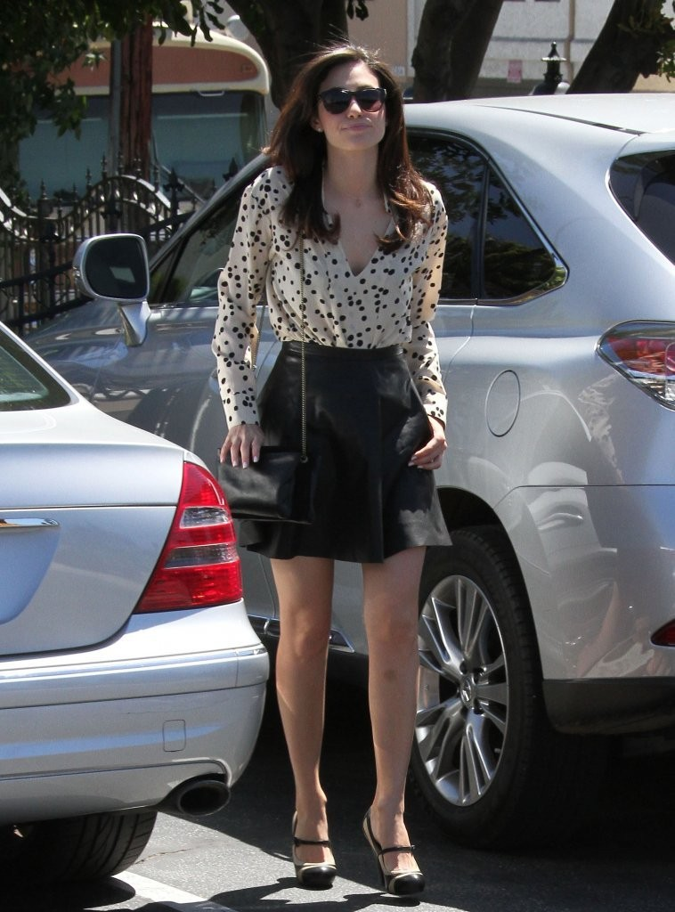 Emmy Rossum Picking Up Some Lunch