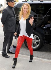 Hayden Panettiere amped up the edge factor with a pair of red leather skinnies and moto-chic boots while out and about in New York City.