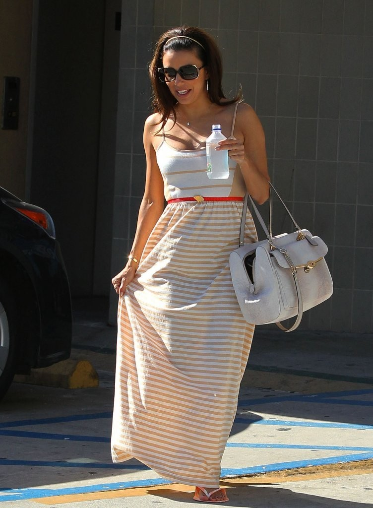 'Frontera' actress Eva Longoria leaving a nail salon in Hollywood, California on August 17, 2013.