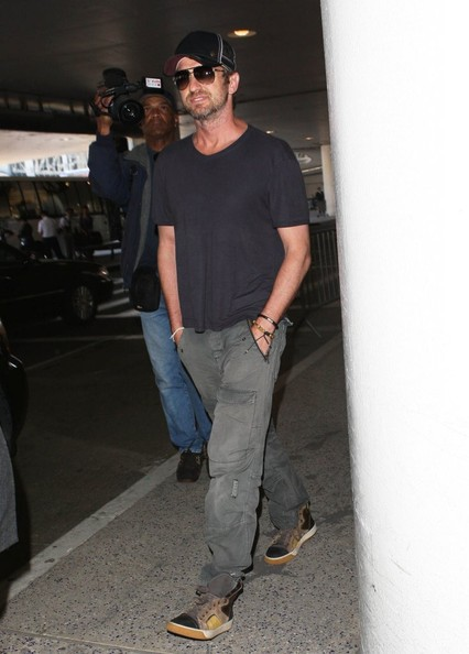 More Pics of Gerard Butler T-Shirt (1 of 12) - Tops Lookbook - StyleBistro