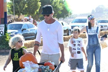 Gwen Stefani Gavin Rossdale Gwen Stefani Spends the Day with Family