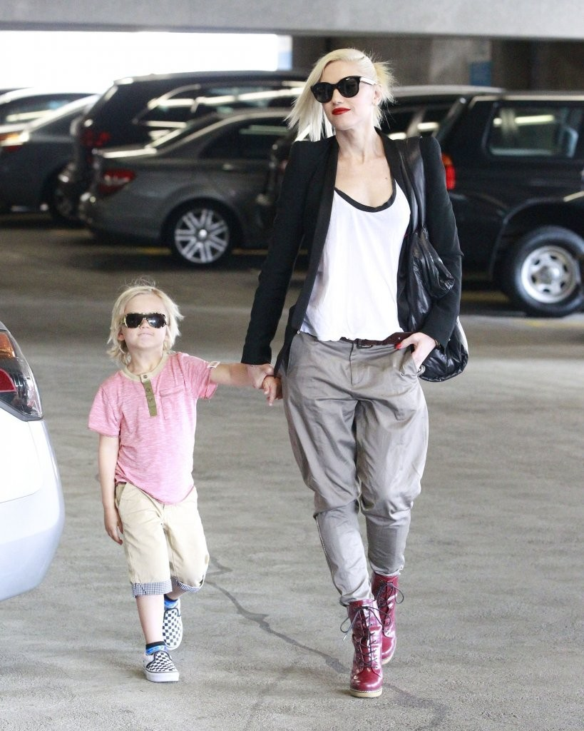 No Doubt singer Gwen Stefani takes her son Zuma to the doctor's office for an appointment on April 12, 2013 in Beverly Hills, California.