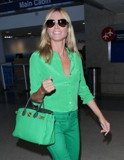 Heidi Klum went classic with a pair of aviators.