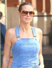 Heidi Klum enjoyed a sunny day out in New York City wearing a pair of oversized aviators.