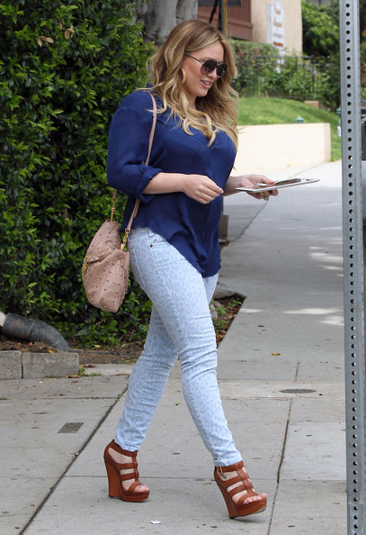 More Pics of Hilary Duff Wedges  (1 of 33) - Hilary Duff Lookbook - StyleBistro