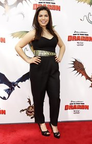 Actress America Ferrera looked super sharp in her black jump suit, which she paired with a pair of black peep-toe pumps.