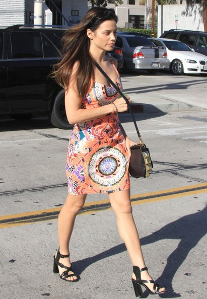 More Pics of Jenna Dewan-Tatum Leather Shoulder Bag (3 of 17) - Jenna Dewan-Tatum Lookbook - StyleBistro