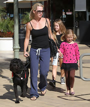 Jennie Garth kept it cozy in a classic pair of sweats.