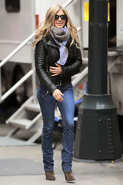 Jennifer bundled up in a leather jacket and jeans on the set of 'Wanderlust' in NYC.