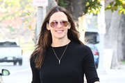 Jennifer Garner Aviator Sunglasses