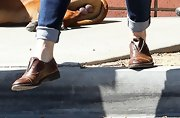 Jennifer Garner kept her casual look preppy and cool with leather slip ons.