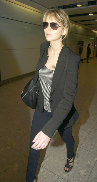 More Pics of Jennifer Lawrence Platform Sandals (1 of 8) - Jennifer Lawrence Lookbook - StyleBistro