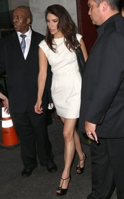 Lynda Lopez teamed her dress with classic black T-strap peep-toes.