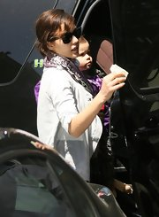 Jessica Alba wears a pair of classic Ray-ban sunglasses while out with her daughter.