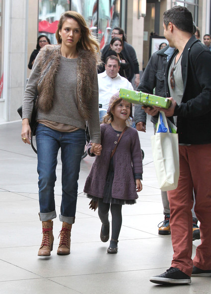 More Pics of Jessica Alba Lace Up Boots (2 of 40) - Jessica Alba Lookbook - StyleBistro