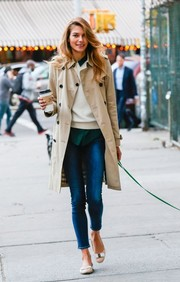 Nude ballet flats finished off Jessica's preppy layered look.
