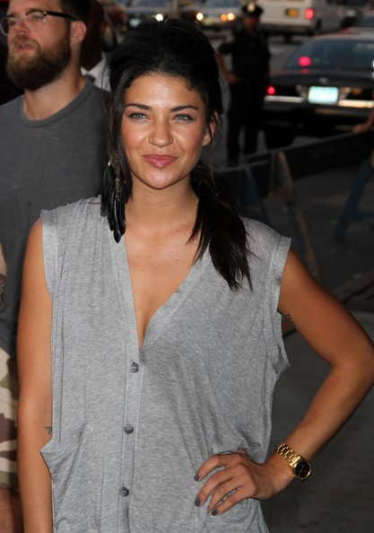 Jessica+Szohr+Dial+Watches+Gold+Bracelet+Watch+ZEgcpo_SnYOl.jpg