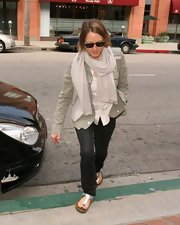 Jodie Foster looked sporty and cool in a tan utility jacket and scarf as she headed to a doctor's office.
