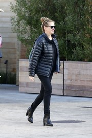A pair of leather ankle boots completed Julia Roberts' all-black look.