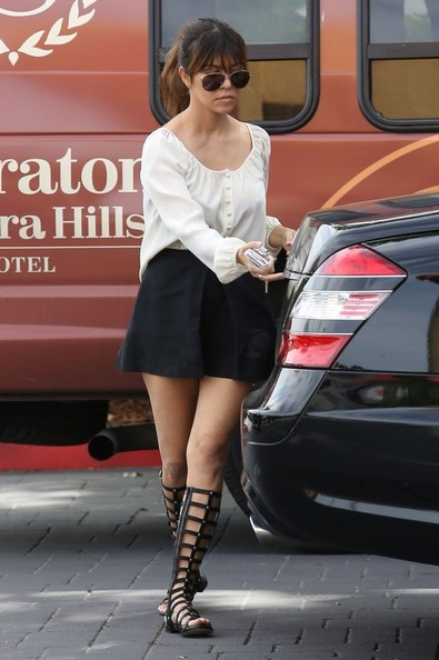 More Pics of Kourtney Kardashian Mini Skirt (1 of 15) - Kourtney Kardashian Lookbook - StyleBistro