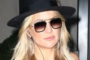 Kate Hudson Square Sunglasses
