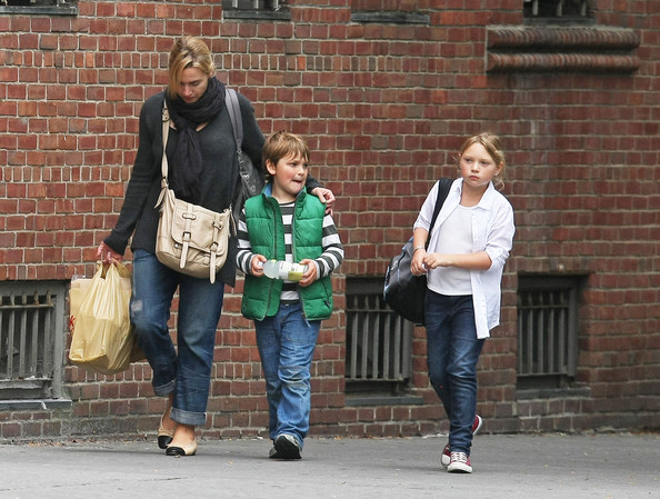 Kate Winslet Running Errands With Her Kids In New York City