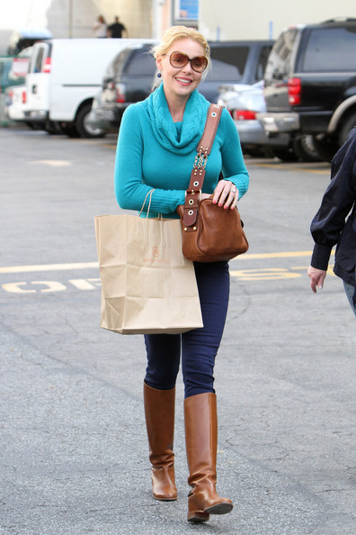 More Pics of Katherine Heigl Flat Boots (1 of 28) - Flat Boots Lookbook - StyleBistro
