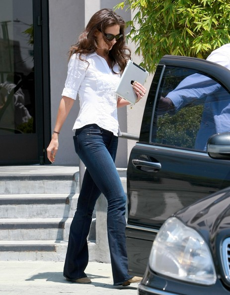 More Pics of Katie Holmes Fitted Blouse (1 of 11) - Katie Holmes Lookbook - StyleBistro