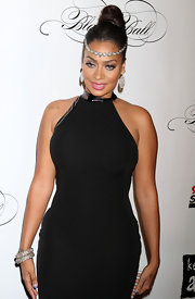 La La Anthony loaded up on the bling when she attended the Black Ball, wearing a pair of sparkly bangles, dangling earrings, and a bejeweled headband.