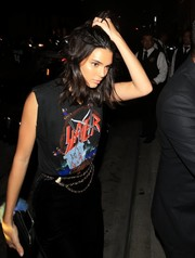Kendall Jenner spruced up her casual look with a triple chain belt by Chanel.