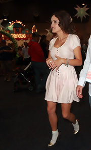 Rebecca Breeds went for a girly look with a pale pink baby doll dress at the Kids Carnival Telethon.