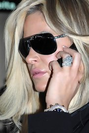 Kim Zolciak shows off her diamond ring - check out this lovely celebrity engagement ring.  Can you say 'bling'?