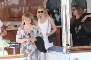 Kirsten Dunst carried a classic black leather Chanel bag at Cannes Film Festival.