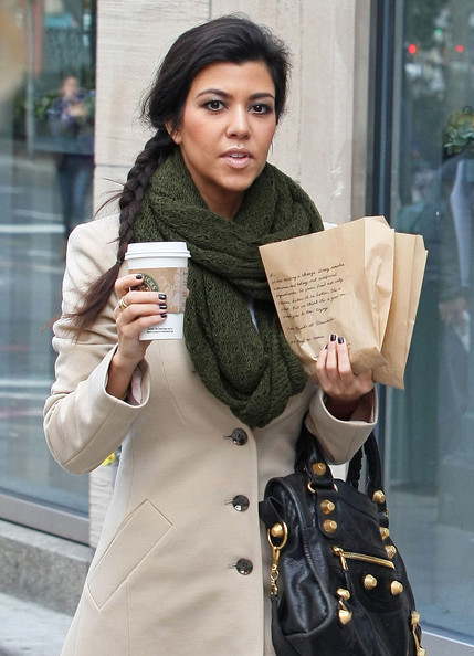 More Pics of Kourtney Kardashian Knit Scarf (1 of 7) - Knit Scarf Lookbook - StyleBistro